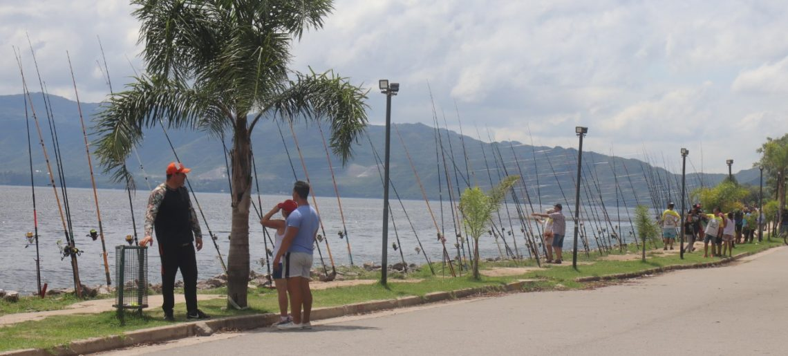 """SE TRASLADÓ EL GRAN CONCURSO DE PESCA """"EXTRAORDINARY GOLD'S FISHING"""""""